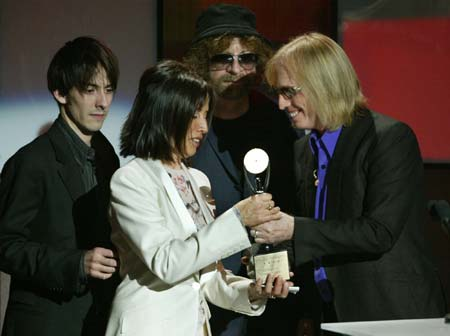 The Beatles Polska: George Harrison został wprowadzony do Rock and Roll Hall of Fame