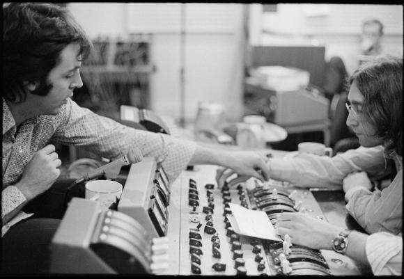 The Beatles Polska: Paul i Ringo pamiętali o urodzinach Johna