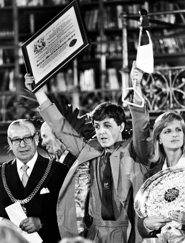 The Beatles Polska: Paul McCartney przyjmuje Honorowe Obywatelstwo Liverpoolu