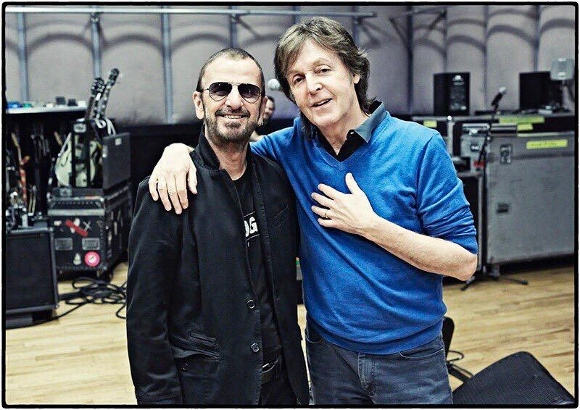 "The Beatles Polska: ""Najlepszy perkusista, najlepszy kumpel"" - Paul gratuluje Ringo"