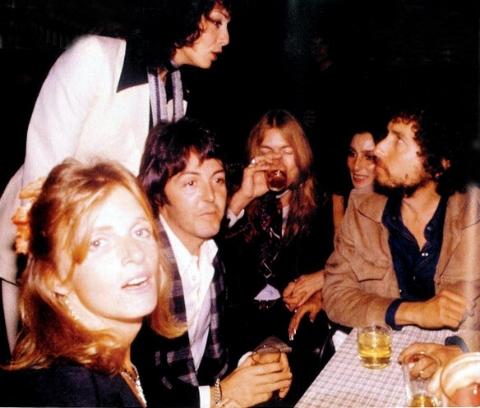 """The Beatles Polska: Którą piosenkę Boba Dylana zaśpiewałby Paul McCartney? - pytanie w ramach cyklu """"You Gave Me The Answer"""""""