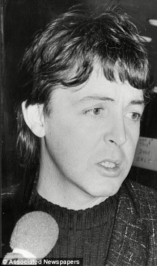 The Beatles Polska: Czy John wciąż mnie kochał? - Andy Peebles odpowiada Paulowi McCartneyowi